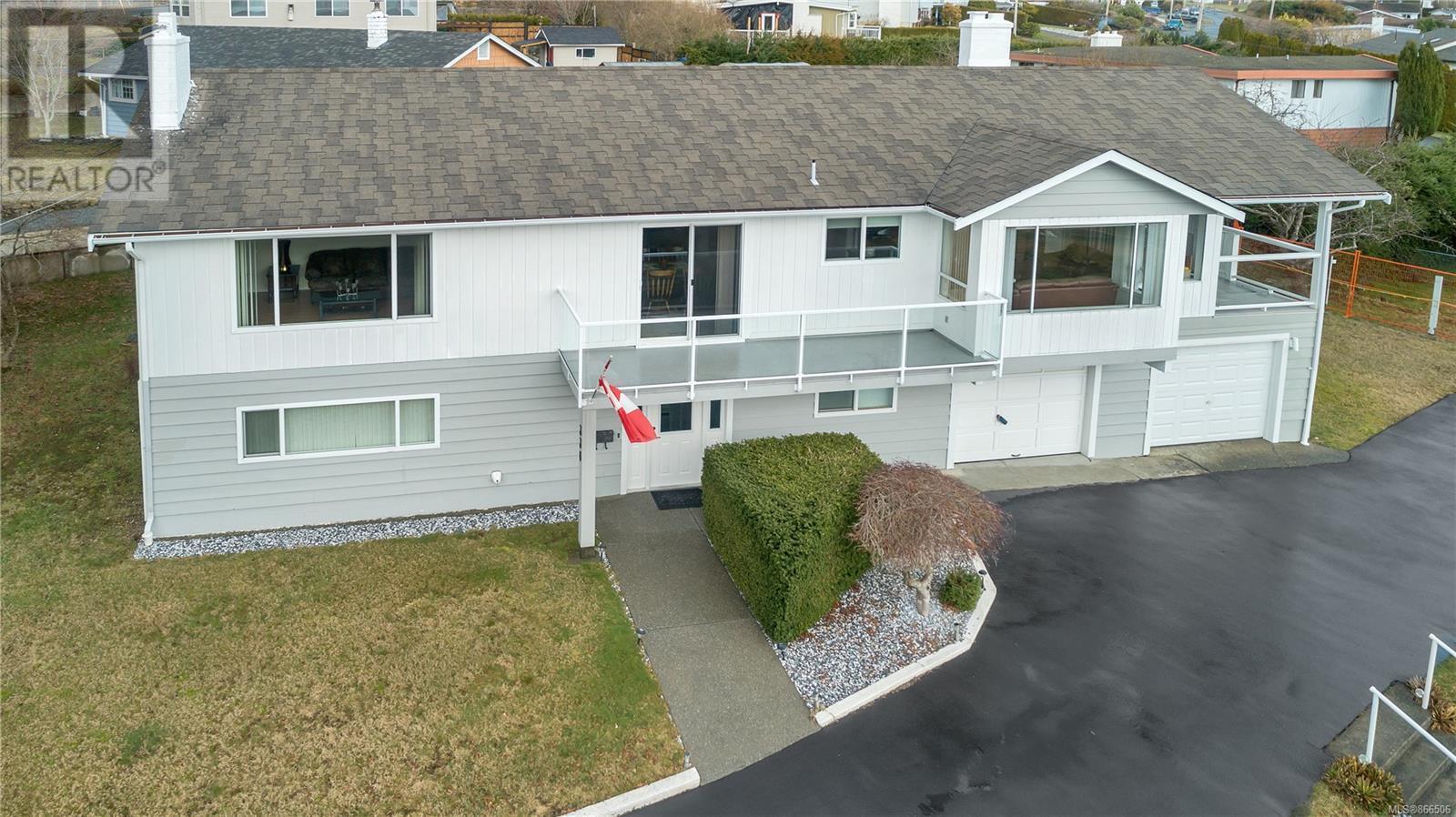 330 Niluht Rd, Campbell River, British Columbia  V9W 1W8 - Photo 2 - 866506